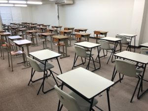 城南本部校自習室